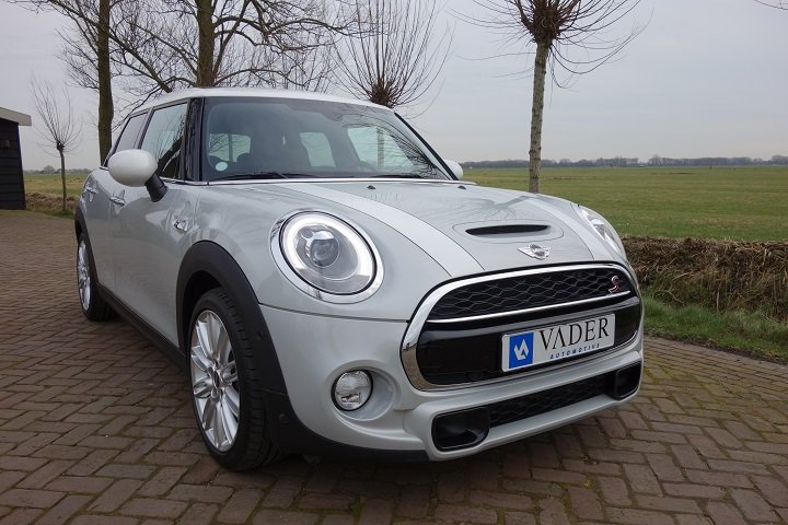 Mini Cooper S Chili Serious Business Panodak Navi Leder