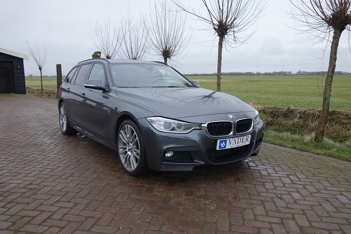 BMW 318d Touring High Executive M Edition