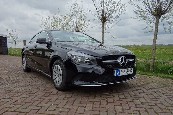 Mercedes-Benz CLA 180 BlueEFFICIENCY 200km! Nw. prijs €35.600,-!
