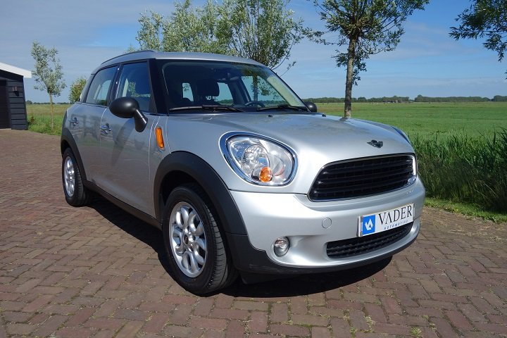 Mini Countryman 1.6 One Navigatie Cruise Control Bluetooth
