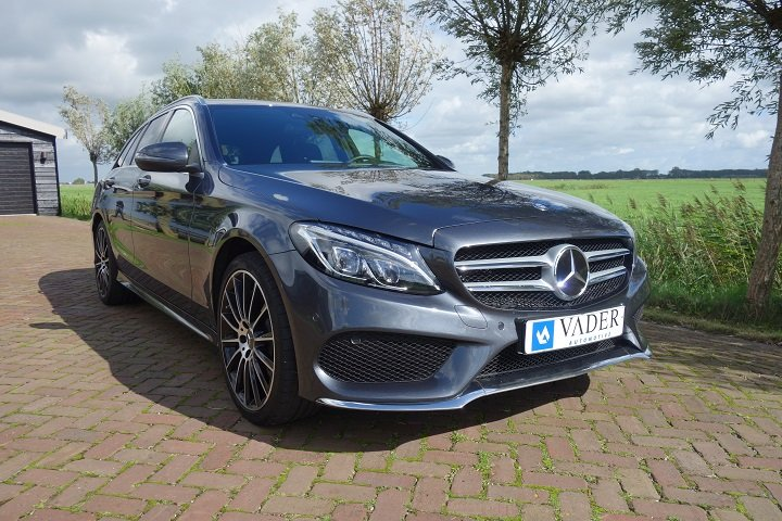 Mercedes-Benz C350 e  AMG Distronic Camera Burmester Head-Up 7%